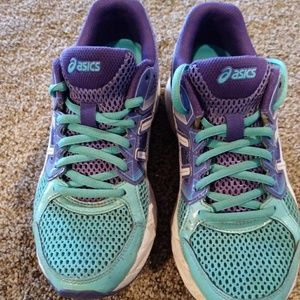 Asics Athletic Shoes Size 7.5